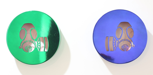 r28x7 cm<br />chrome dye on metal ed.2